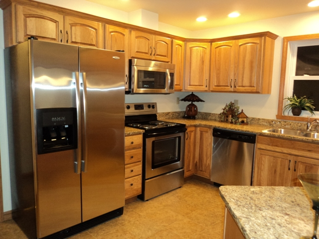 The gina louise viii a delightful ranch lake city homes for Gina s italian kitchen